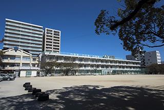 金丸小学校/約770m(徒歩10分)